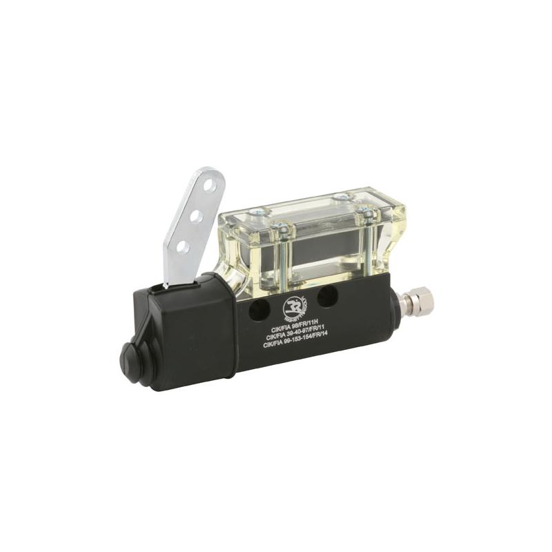 Pompe de frein avec réservoir intègré